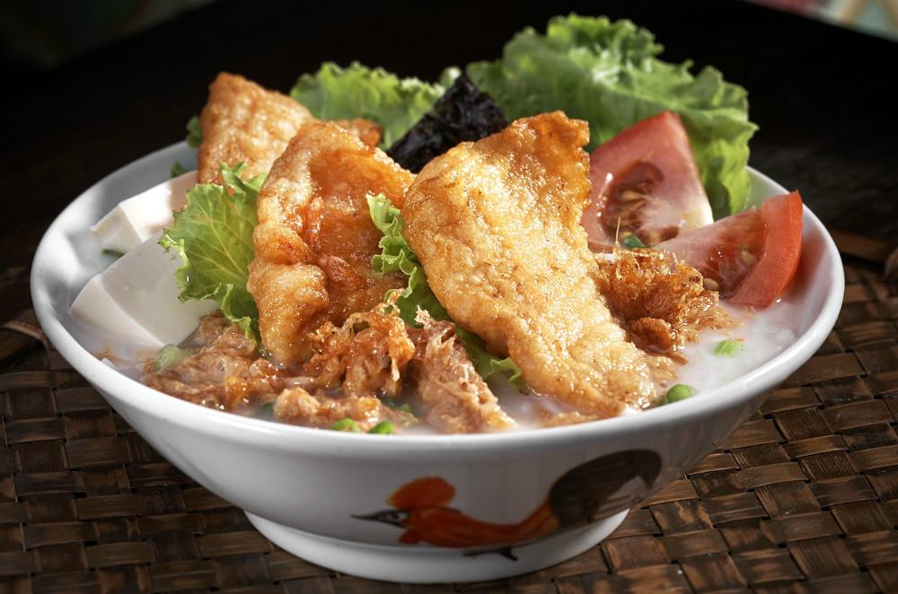 Encik Tan fried fish soup