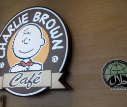 Charlie Brown Cafe in Singapore halal