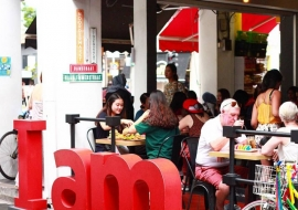 I Am cafe (Haji Lane)