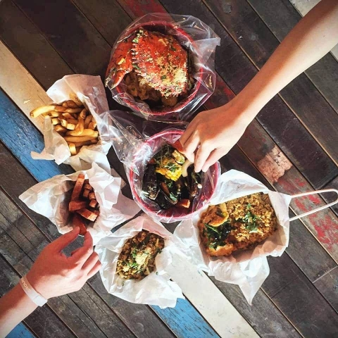 Cajun on Wheels halal Louisiana seafood Singapore